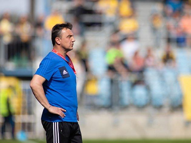 Trenér druholigových fotbalistů Třince Jiří Neček.