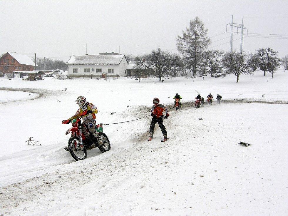 Motoskijöring v Kozlovicích.