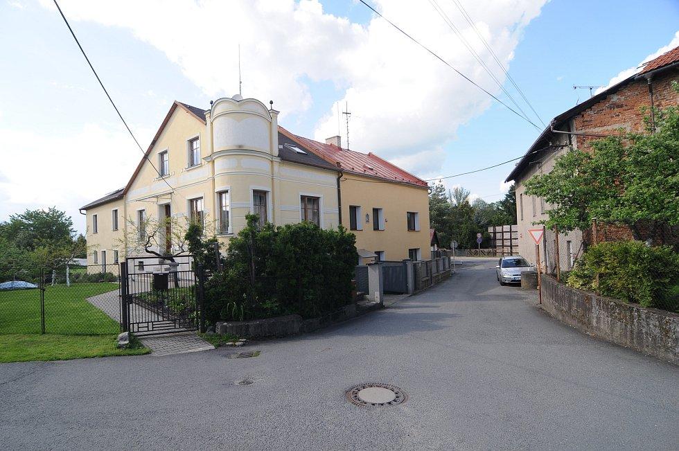 Obec Staré Město.