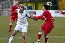 Petr Soukup (v bílém) se ihned po svém příchodu do Frýdku-Místku stal miláčkem fanoušků Lipiny. Ve své slibně rozvíjející kariéře jej ale přibrzdily časté zranění.