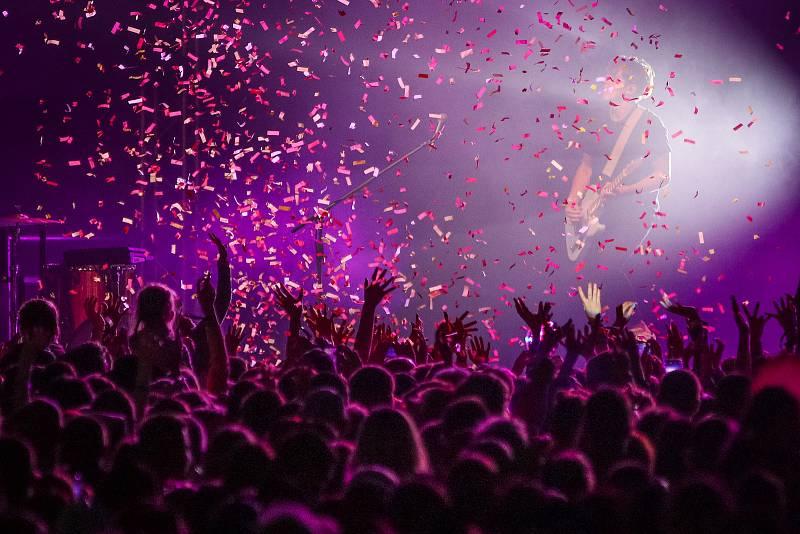 Festival FM City Fest, 12. července 2019 ve Frýdku-Místku. Na snímku kapela Mirai.
