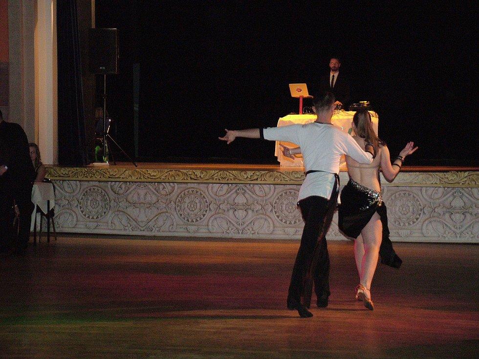 V sobotu 20. ledna se v třineckém kulturním domě Trisia konal již 16. ročník Studentského plesu.
