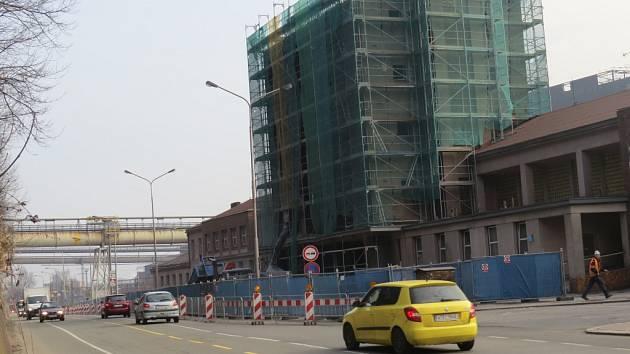 Stavba třineckého dopravního terminálu.