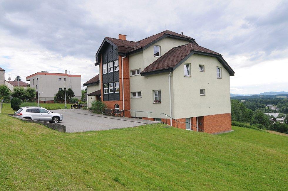 Dům s pečovatelskou službou v Soběšovicích.