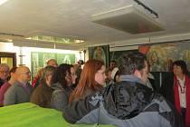 Výstava v protiatomovém krytu přilákala minulý týden řadu zájemců.