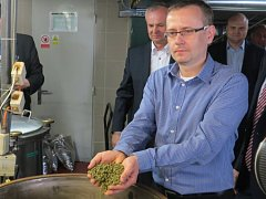 Nošovický pivovar Radegast vaří speciální pivo pro Třinecké železárny – Radegast Fajront.