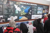 Den otevřených dveří na vodním díle Morávka přilákal v sobotu stovky lidí.