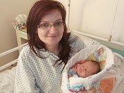 Richard Uher s maminkou, Frýdek-Místek, nar. 8. 12., 48 cm, 3,27 kg. Nemocnice ve Frýdku-Místku.