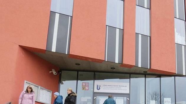 Úřad práce ve Frýdku-Místku. Ilustrační foto.