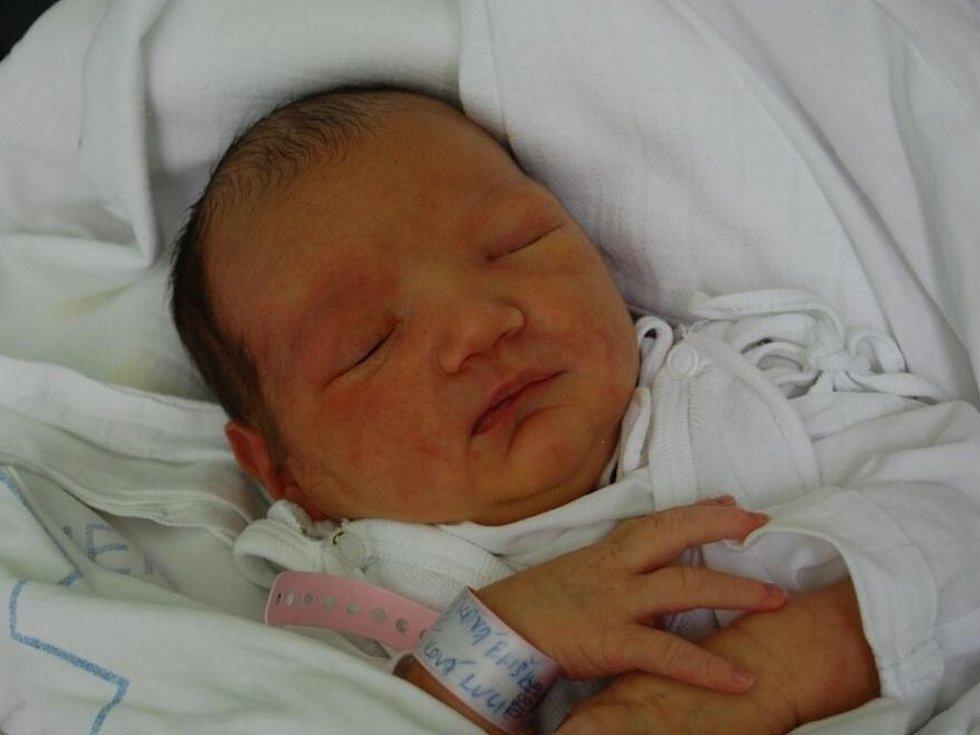 Eliška Gaborčiková z Českého Těšína, nar. 26.7., 51 cm, 3,55 kg, nemocnice Třinec.