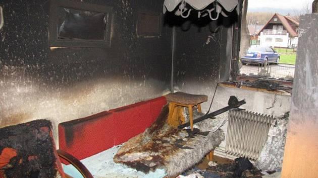 Požár v rodiném domě ve Frýdlantu nad Ostravicí.