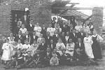 SVATBA Anastázie Kopčákové a Antonína Tesaře z roku 1921 ve Lhotce.