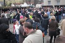 Další ročník festivalu Souznění má obec Kozlovice úspěšně za sebou. Návštěvníci obdivovali svět mizejících lidových tradic.