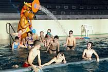 Třinecký bazén navštívili o víkendu také tito plavci.