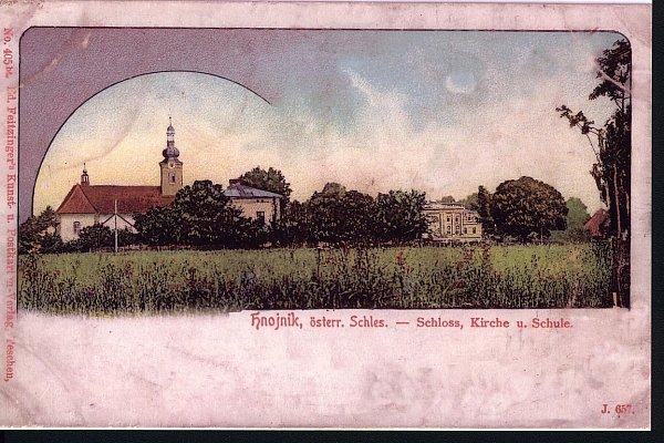 Dobová pohlednice – centrum Hnojníku na počátku 20.století. Vlevo kostel Nanebevzetí Panny Marie.