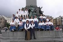 Jackové na náměstí v polském Krakově. Nyní se na jejich vystoupení mohou těšit v Komorní Lhotce.