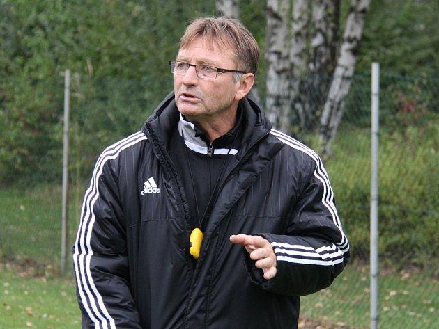 Trenér Josef Petřík.
