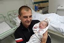 Denis Bernady, Horní Bludovice, nar. 5. 11., 50 cm, 3,15 kg. Nemocnice Frýdek-Místek.