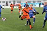 Fotbalisté Frýdku-Místku (v oranžovém) se v Tipsport lize střetli s polským druholigistou z Bielsko-Białe.