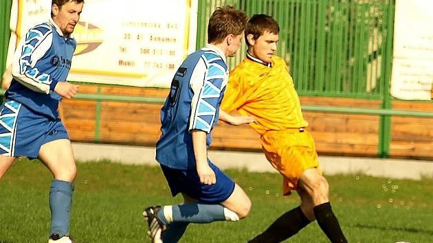 Kozlovičtí fotbalisté neuspěli ani ve druhém jarním zápase. Kozlovice – Suchdol 2:4 (0:2).