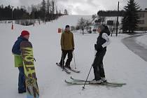Víkendové lyžování v Bukovci.