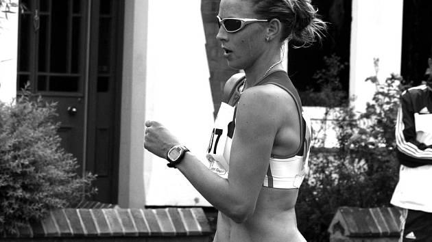 Zuzana Schindlerová z Bašky na jednom ze závodů. Dívka patří do evropské špičky.