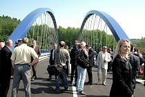 V Třinci-Konské byla slavnostně otevřena mimoúrovňová křižovatka, která odkloní část nákladní dopravy z centra města. Stavba trvala 18 měsíců a vyžádala si 400 milionů korun.