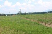Plocha, kde by měla vzniknout nová průmyslová zóna.