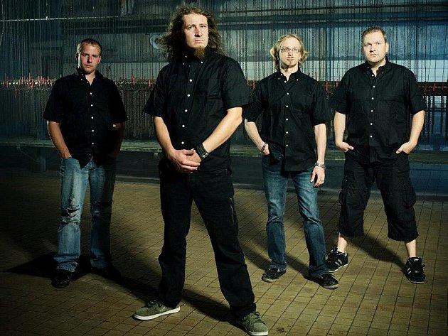 Metaloví fanoušci by si na Immortal Shadows festu v Kozlovicích neměli nechat ujít ani vystoupení kapely Liveevil.