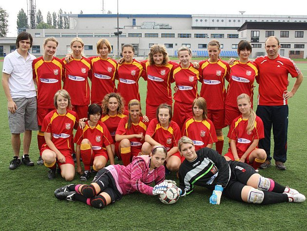 Ženský fotbalový tým Brušperku.