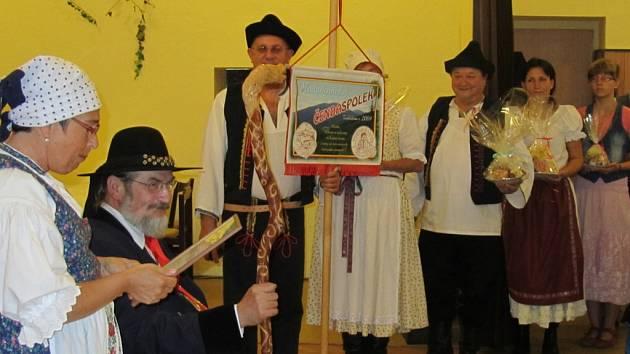 Lašské království v hospodě U Čendy oslavilo čtvrtstoletí.