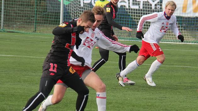 Fotbalisté druholigového Frýdku-Místku porazili v Tipsport lize Valašské Meziříčí 5:1.
