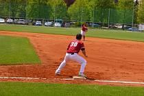 Souhra frýdecko-místeckých baseballistů Ondřeje Gurníka (vzadu) a Daniela Lapiše.