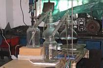 Varna v domě v Žermanicích. Policisté zadrželi výrobce zrovna ve chvíli, kdy připravovali další várku pervitinu.