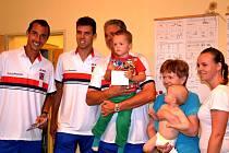 Návštěva českého daviscupového týmu v denním stacionáři Paprsek byla pro všechny mimořádným zážitkem.