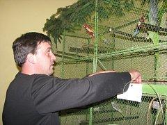 Chovatelé vystavovali své exotické ptáky v Jablunkově.