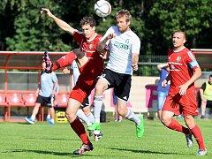 Třinečtí fotbalisté nestačili v domácím přípravném zápase na ligového nováčka z Karviné, kterému podlehli vysoko 0:4.