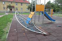 Dětské hřiště na ulici Míru ve Frýdku-Místku je dočasně uzavřeno.
