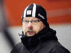Zkušený stratég Jiří Juřík působí na lavičce prvoligových hokejistů Frýdku-Místku druhou sezonu.