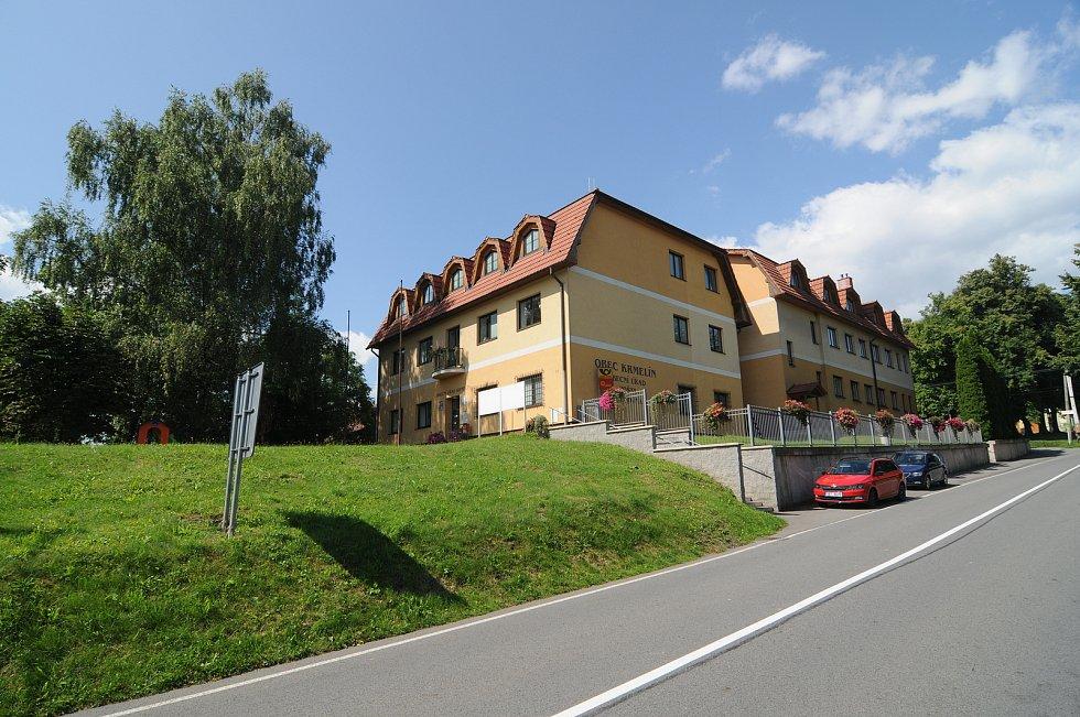 Obecní úřad v Krmelíně.
