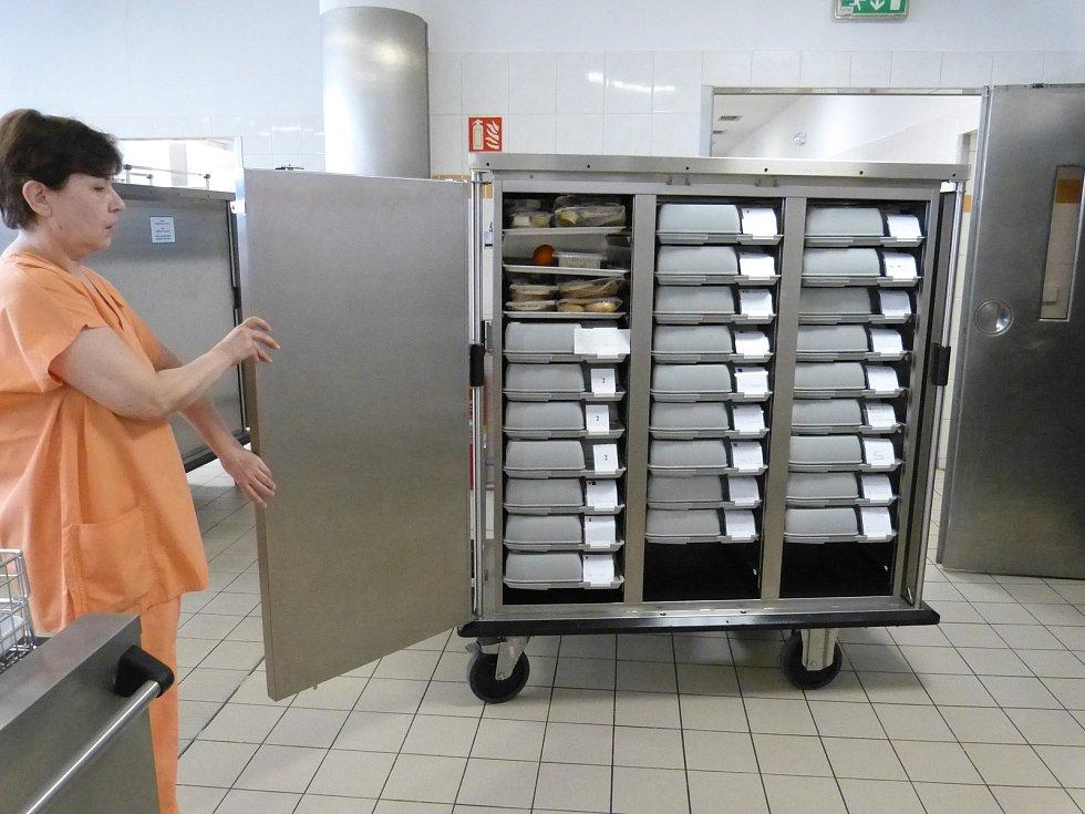 Nemocnice Třinec uvedla do provozu moderní systém, který zpříjemní stravování pacientům i zaměstnancům.