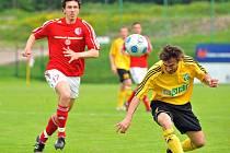 V druholigovém derby zvítězili fotbalisté Karviné v Třinci 3:1.