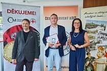 Ředitel frádecko-místecké nemocnice Tomáš Stejskal byl oceněn za boj s covidem