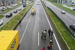 Záchranná akce na dálnici ve Frýdku-Místku.
