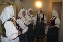 Lhotecký soubor Pilky v pátek večer slavil 75. výročí založení souboru.