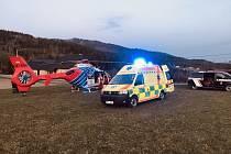 K události došlo v sobotu 18. dubna. Nález cyklisty bez známek života v oblasti Filipky, nedaleko obce Návsí, byl pracovníkům krajského zdravotnického operačního střediska nahlášen před tři čtvrtě na sedm.