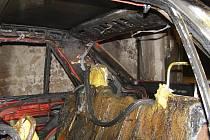Tragický skončil požár garáže v Třinci, ke kterému došlo 2. února ve večerních hodinách. Policisté vyjeli k nahlášenému požáru garáže v Třinci do části zvané Křivec, kde našli ohořelé tělo.