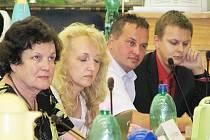 Členové  České strany sociálně demokratické práci a postup spolustraníka Tomáše Benedikta Zbranka obhajovali.