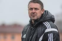 Nedělní utkání ve Varnsdorfu bylo pro trenéra Radima Nečase posledním na třinecké lavičce. Klubové vedení jej po porážce 0:2 odvolalo.