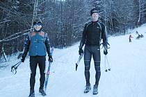 Třinečtí nadšenci. Josef Ondrusz (vlevo) a Vladislav Rucki se právě vrátili z přibližně dvacetikilometrové túry na běžkách.